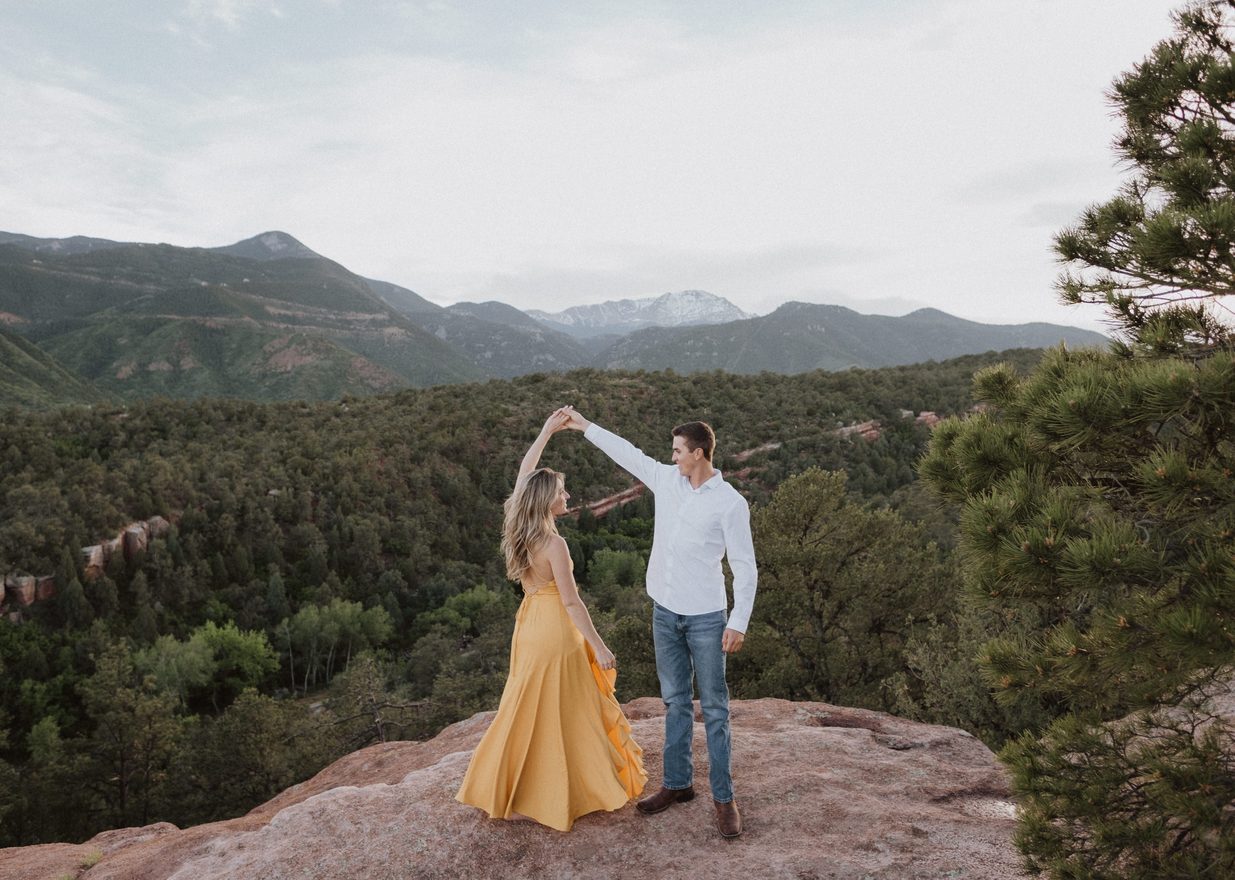 Colorado Springs engagement photo locations. Garden of the Gods engagement session. Colorado Springs wedding photography.
