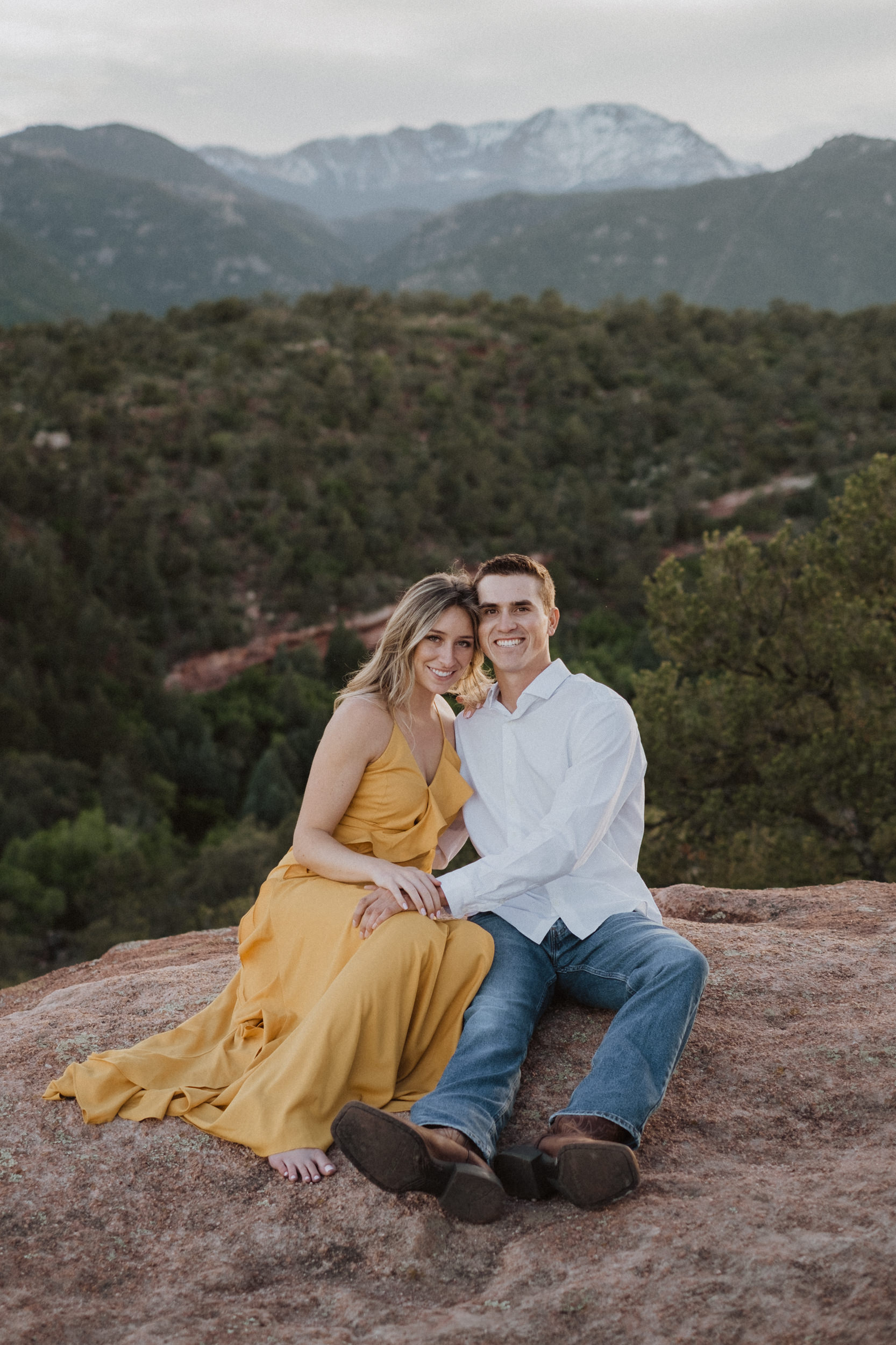 Garden of the Gods engagement session in Colorado Springs. Colorado Springs adventure engagement session location. Garden of the Gods engagement photos. Colorado wedding photography.