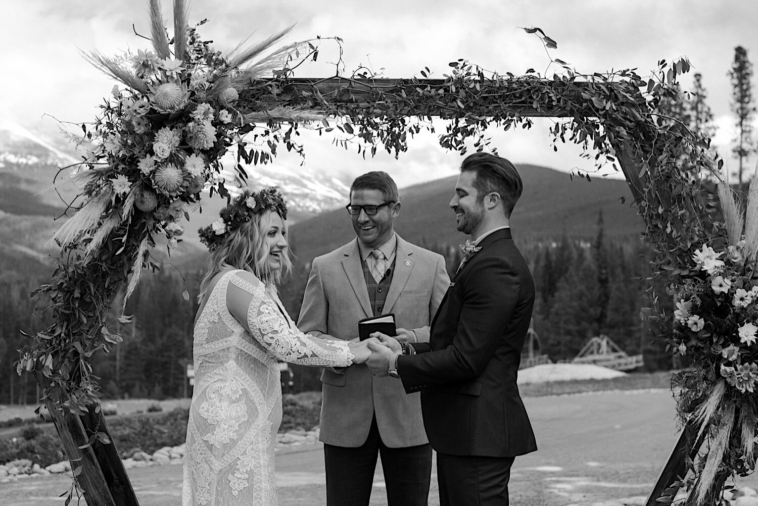 Breckenridge Colorado Wedding Photographer, Breckenridge Wedding Photographer, Breckenridge Colorado Wedding, Colorado Mountain Wedding, Breckenridge Resorts Wedding, Tenmile Station Wedding, Ten Mile Station Wedding, Tenmile Station Breckenridge, Ten Mile Station Breckenridge, Breckenridge Colorado Resort, Colorado Mountain Wedding Photographer, Colorado Wedding Ideas, Colorado Wedding Inspiration, Wedding Photography, Wedding Ideas, Mountain Wedding, Hexagon Wedding Arch, Wedding Ceremony