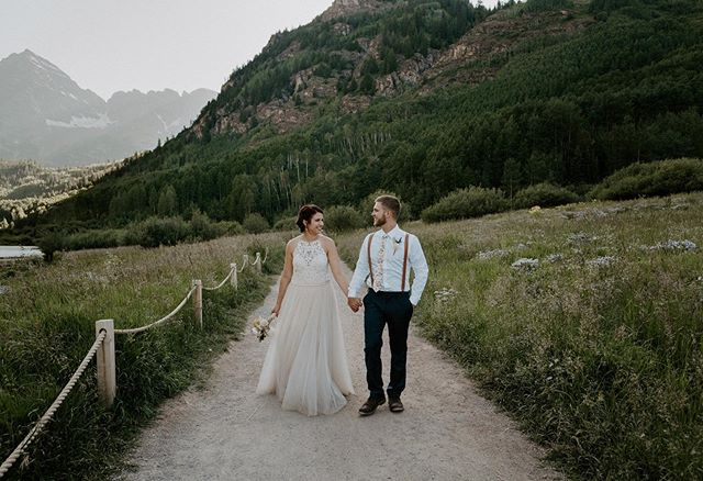 Love the Maroon Bells and love these two so much ❤️🥰😭• • • • • • • • • • • • • • #maroonbells #maroonbellswedding #maroonbellselopement #aspenweddingphotographer #aspenwedding #aspenelopement #aspenelopementphotographer #aspencolorado #coloradoelopementphotographer #coloradoelopement #coloradowedding #coloradoweddingphotographer