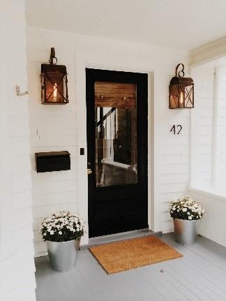 lighting front porch.jpg