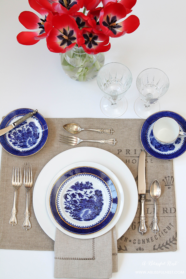 How-To-Set-A-Table-.jpg