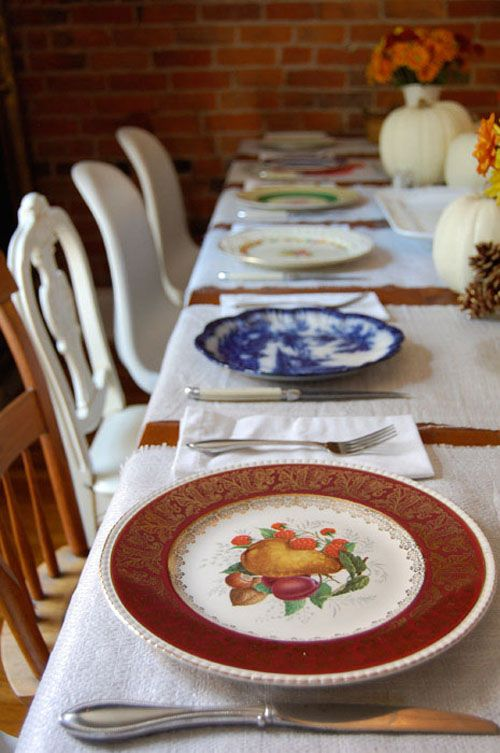 mismatched thanksgiving table.jpg