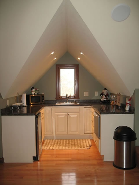 attic kitchenette.jpg