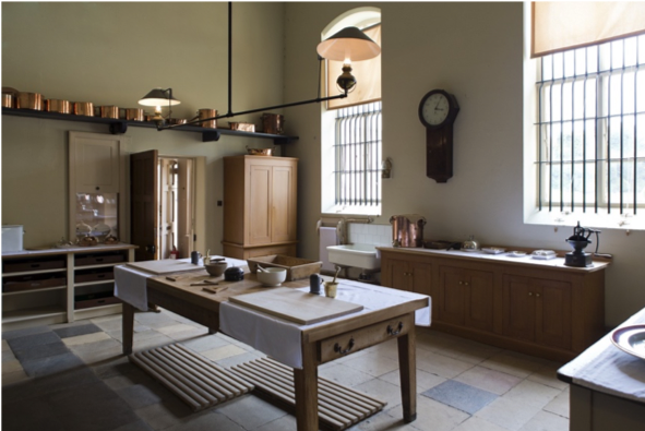 historic home kitchen