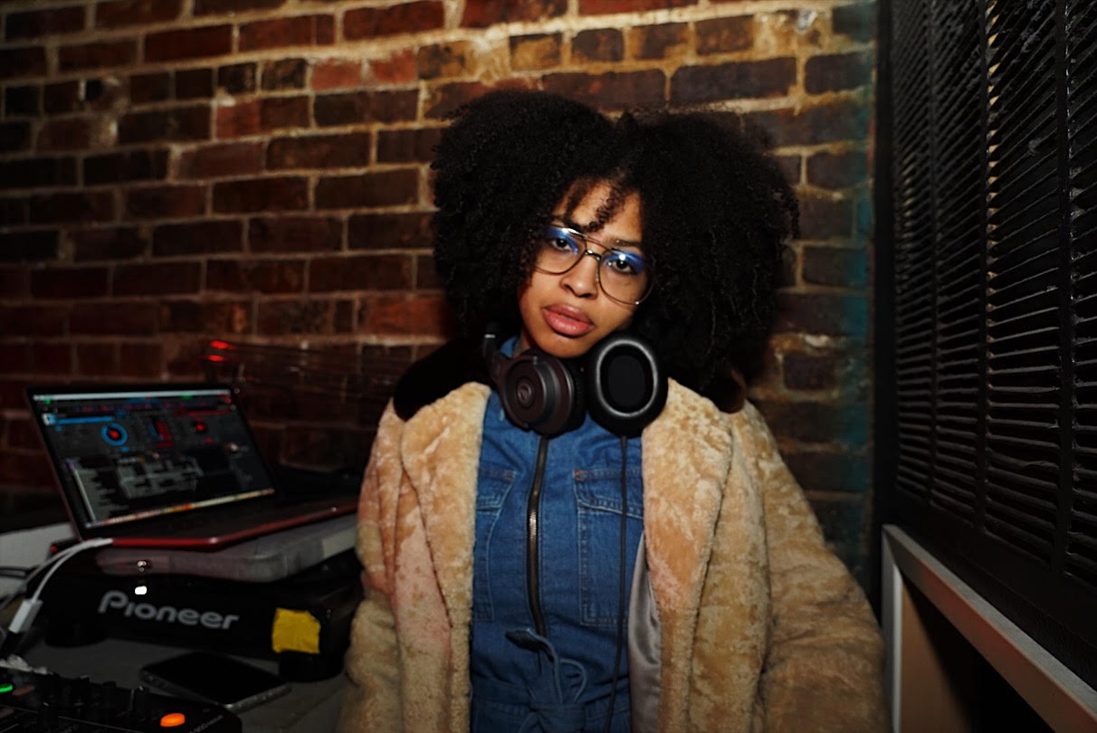 Close out the night dancing to JOY MA, a member of House of Ghetto Heaven and PlayTheyStudios. - Listen to the mix they made for YOU below!