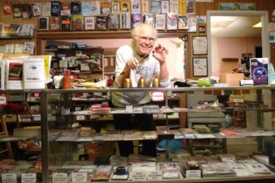 Denny Haney at Denny and Lee's Magic Studio