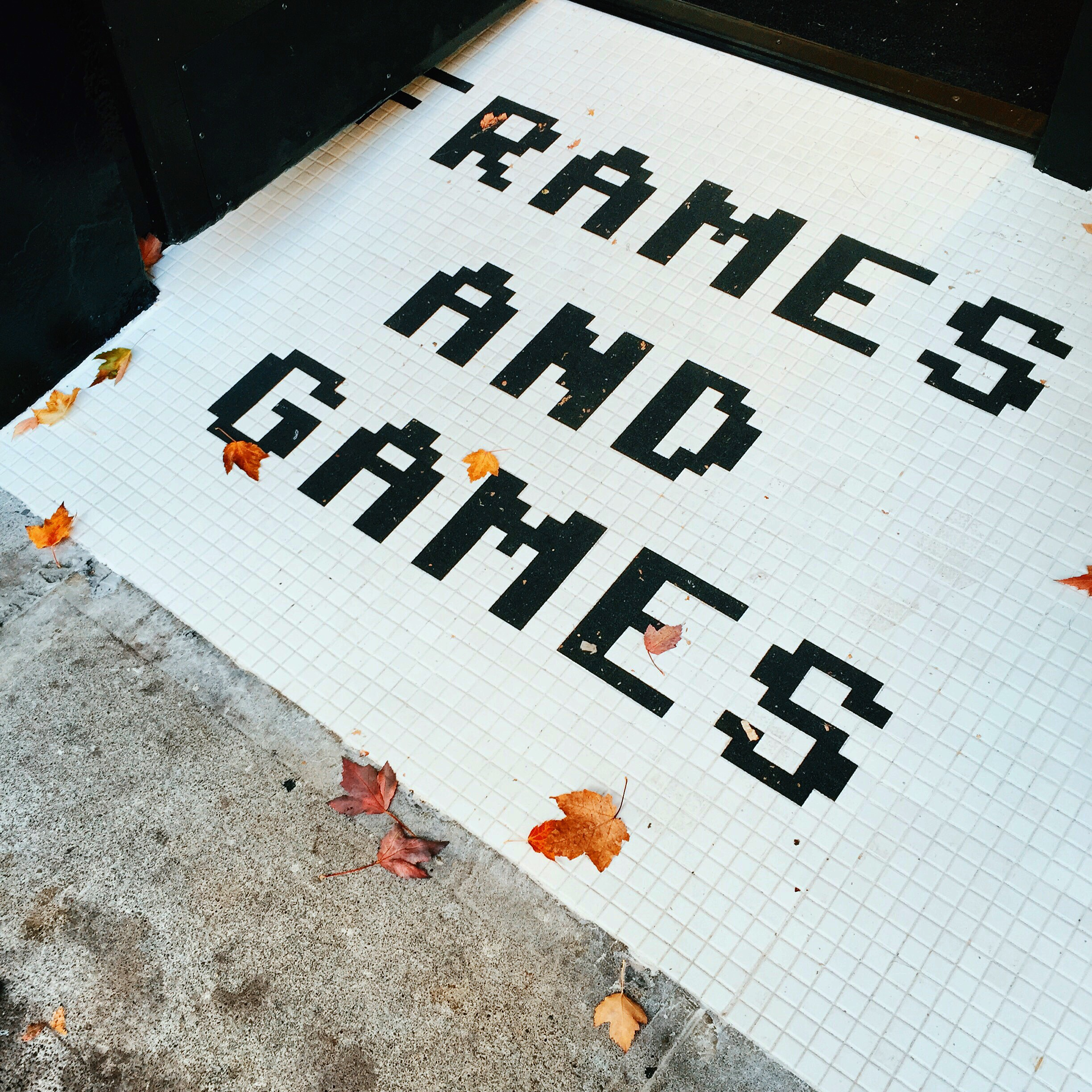 """♡  1,304 likes 💬 4 comments   """" Portland, have you checked out our  #dogoodarcade  yet? 👾 Come visit us at our new store on NW 23rd Ave. for some frames and games!"""" (  x  )"""