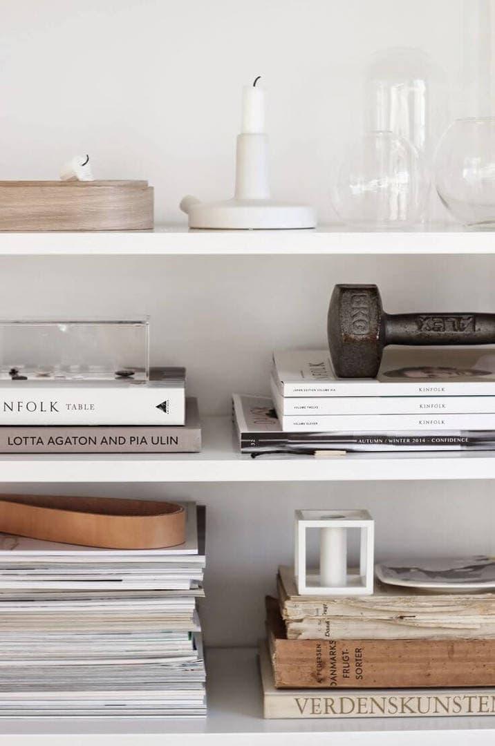 Shelf-Styling-ideas-on-The-Life-Creative-monochromativ-shelf-decor.jpg