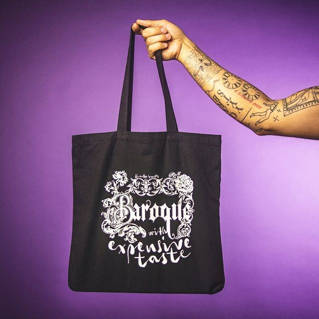 🖤Baroque with Expensive Taste🖤  Carry your baubles and bangles with the same ecstasy as St. Teresa with this 100% Cotton Canvas tote bag! Leave the Renaissance behind and embrace the grandeur and opulence you deserve. KINDASUPER.COM  As always, proceeds go to fund The KindaSuper Project, bringing photo and video resources to individuals and organizations with need. 💞 . . . #kindasuperarthistory #baroque #arthistory #arthistorymemes