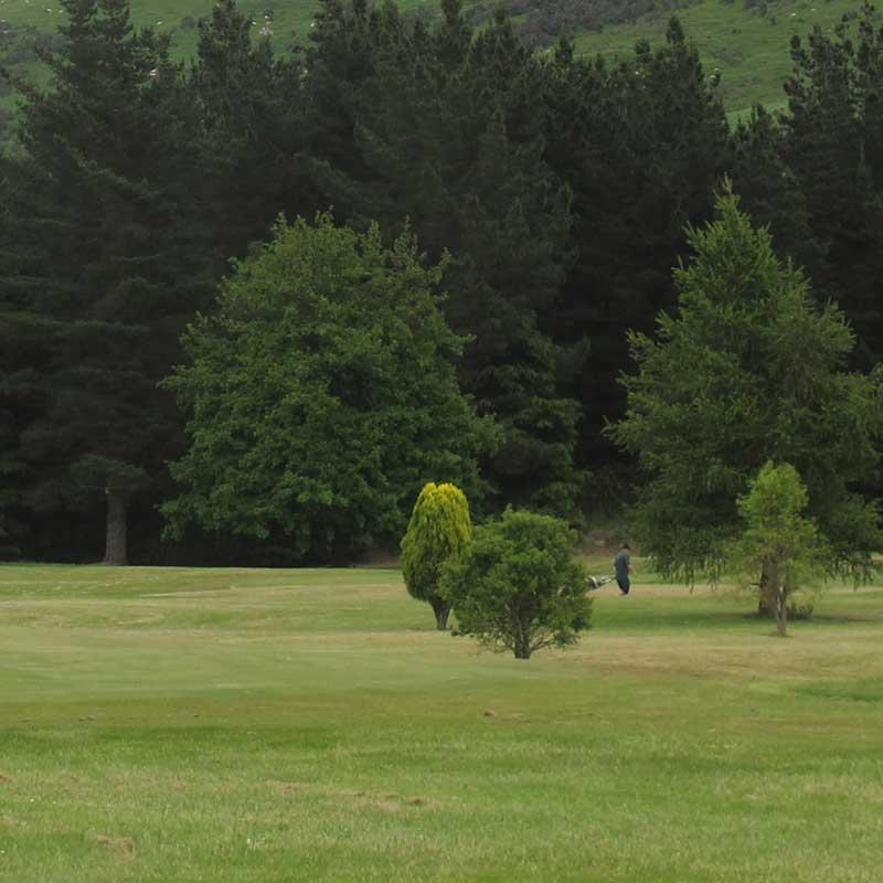 Maungati golf club -