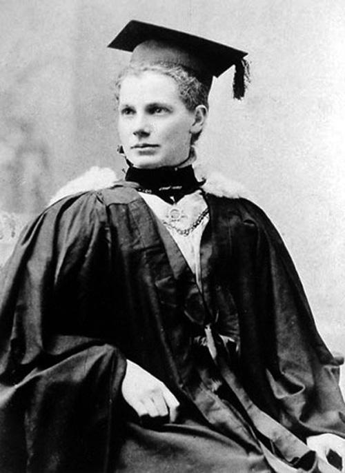 Margaret_Cruickshank,_ca_1897.jpg