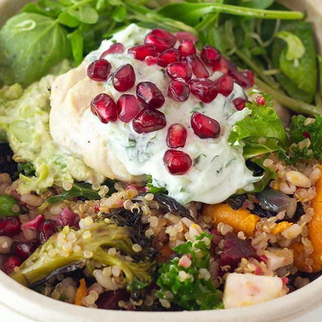 Nuvo kitchen London. Redefining salads.  #redefining salads #cannonst #london #foodphotooftheday #foodgram #foodporn #foodie #lunch #instafood #foodblogger #springsalads #healthyfood #healthylunch #protein #lunchfitsalad #fitnessfood #cleaneating #eatclean #nutritionalfood #grainsalad