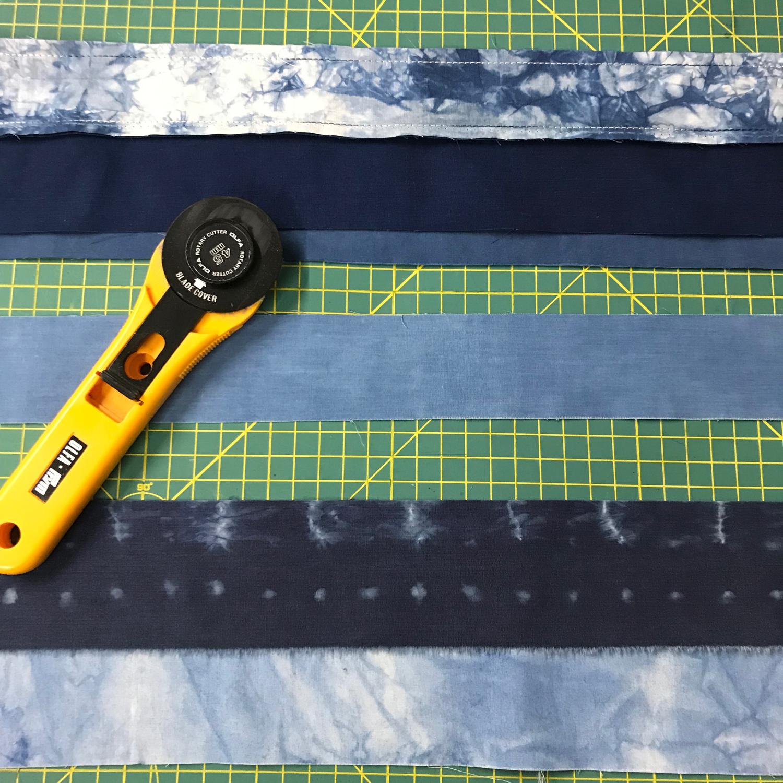 Anatomy of a scarf - piecing strips clean.jpg