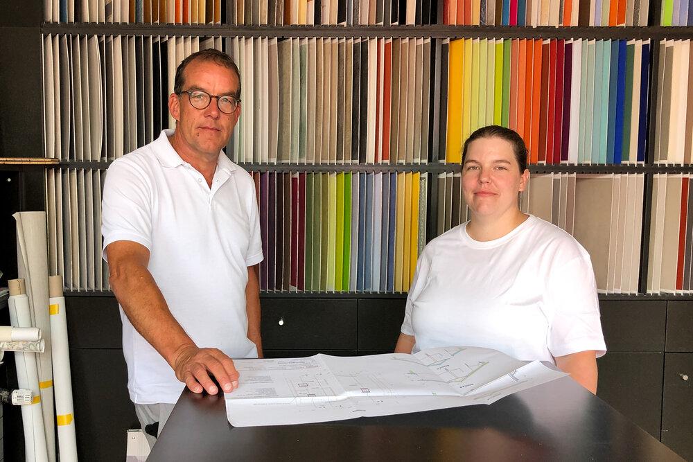 Zufrieden mit der Teilzeitstelle: Unternehmer Max Winiger und Malerin Janine Hartmann (20%).
