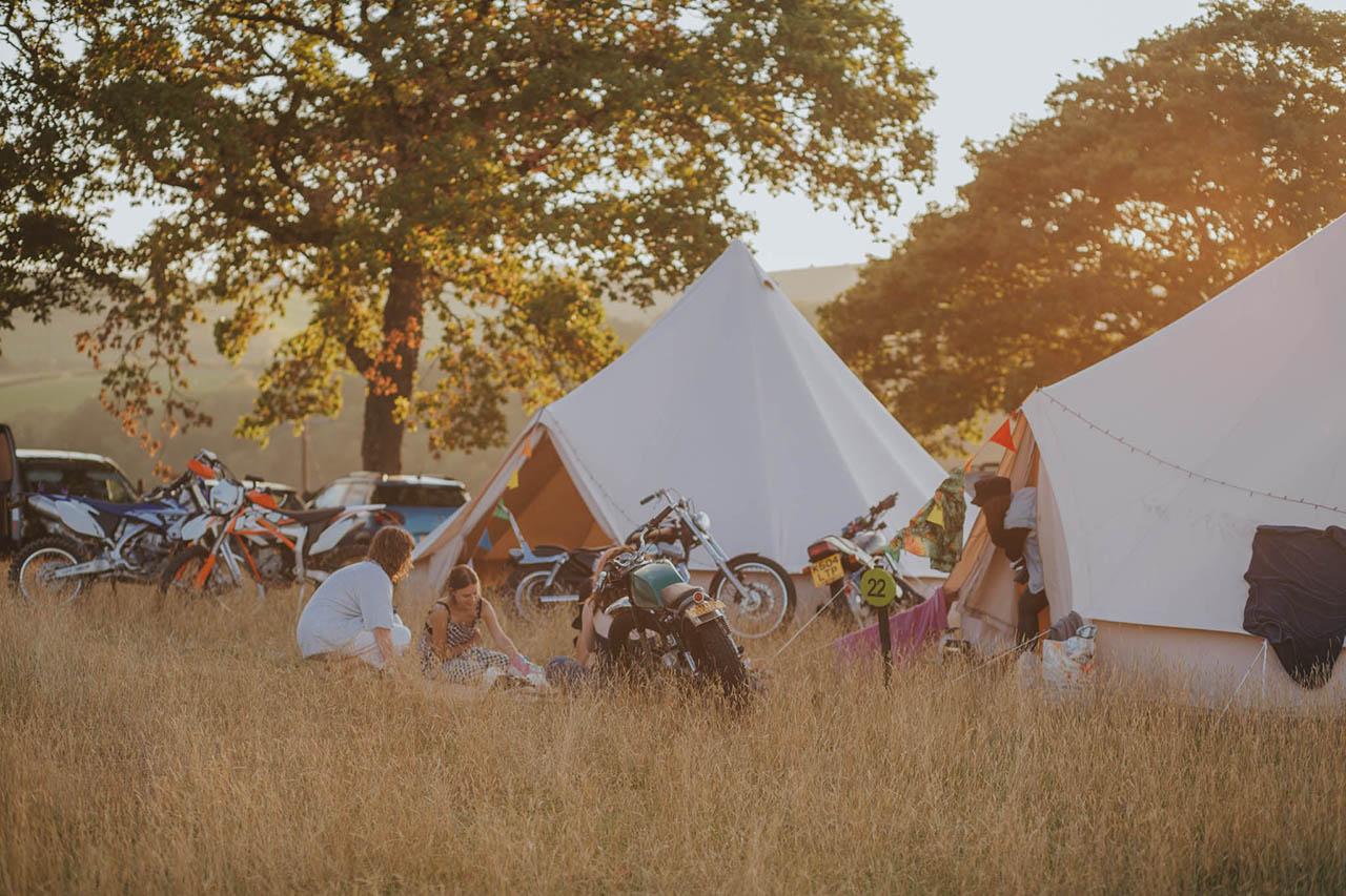 camp vc bell tent 2.jpg