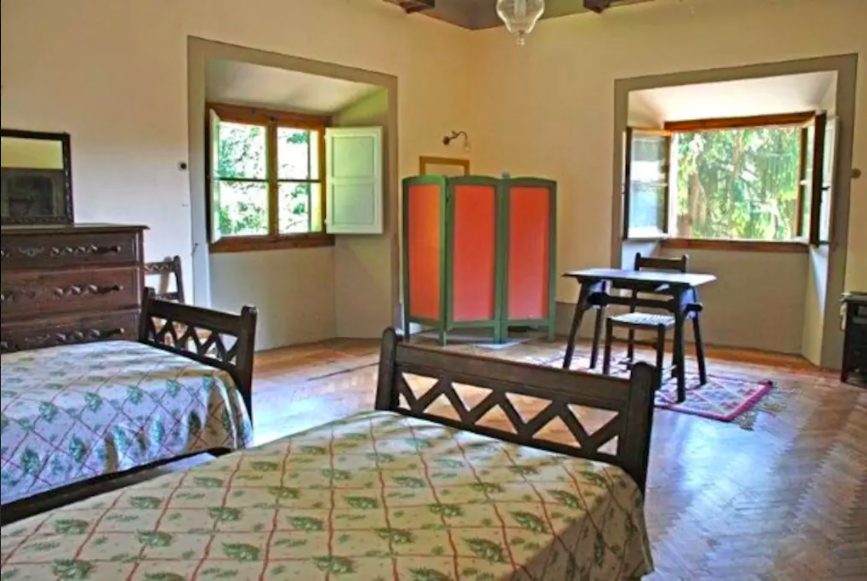 Twin room at Villa Domme