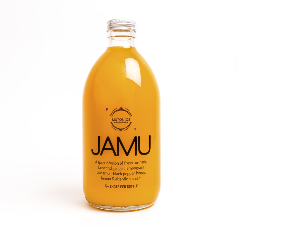 All about Jamu - Jamu is a ancient Indonesian drink, which dates back over 4000 years. There are hundreds of versions, with each family having their own recipe and each JAMU being made for different reasons. Taken daily Jamu is advocated to have, health and purifying benefits.It's all about the wonder spice, turmeric! We love turmeric and turmeric loves us! Each of our 500ml bottle contains 3,700mg of turmeric and contains enough for a 100ml shot for 5 days.