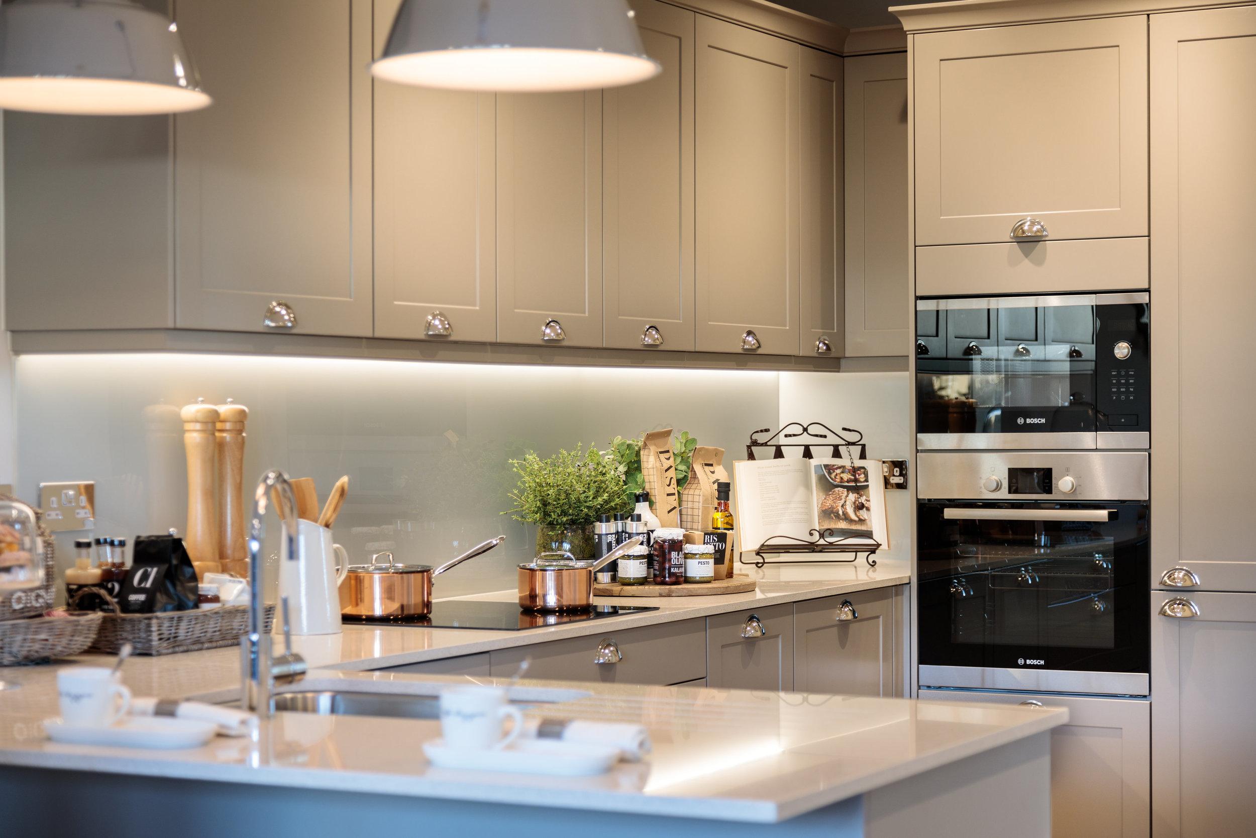 Plot 40 Kitchen CRE84353.jpg