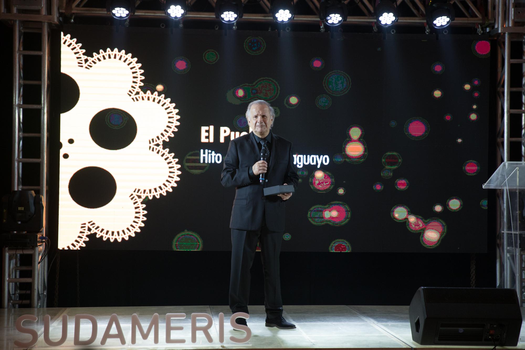 Director de la pelicula El Pueblo, Carlos Saguier.
