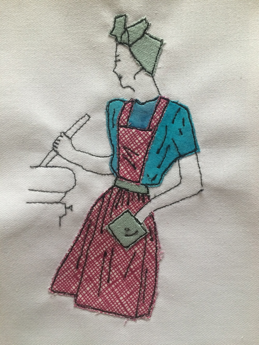 Free Motion Embroidery 1940s woman.jpg