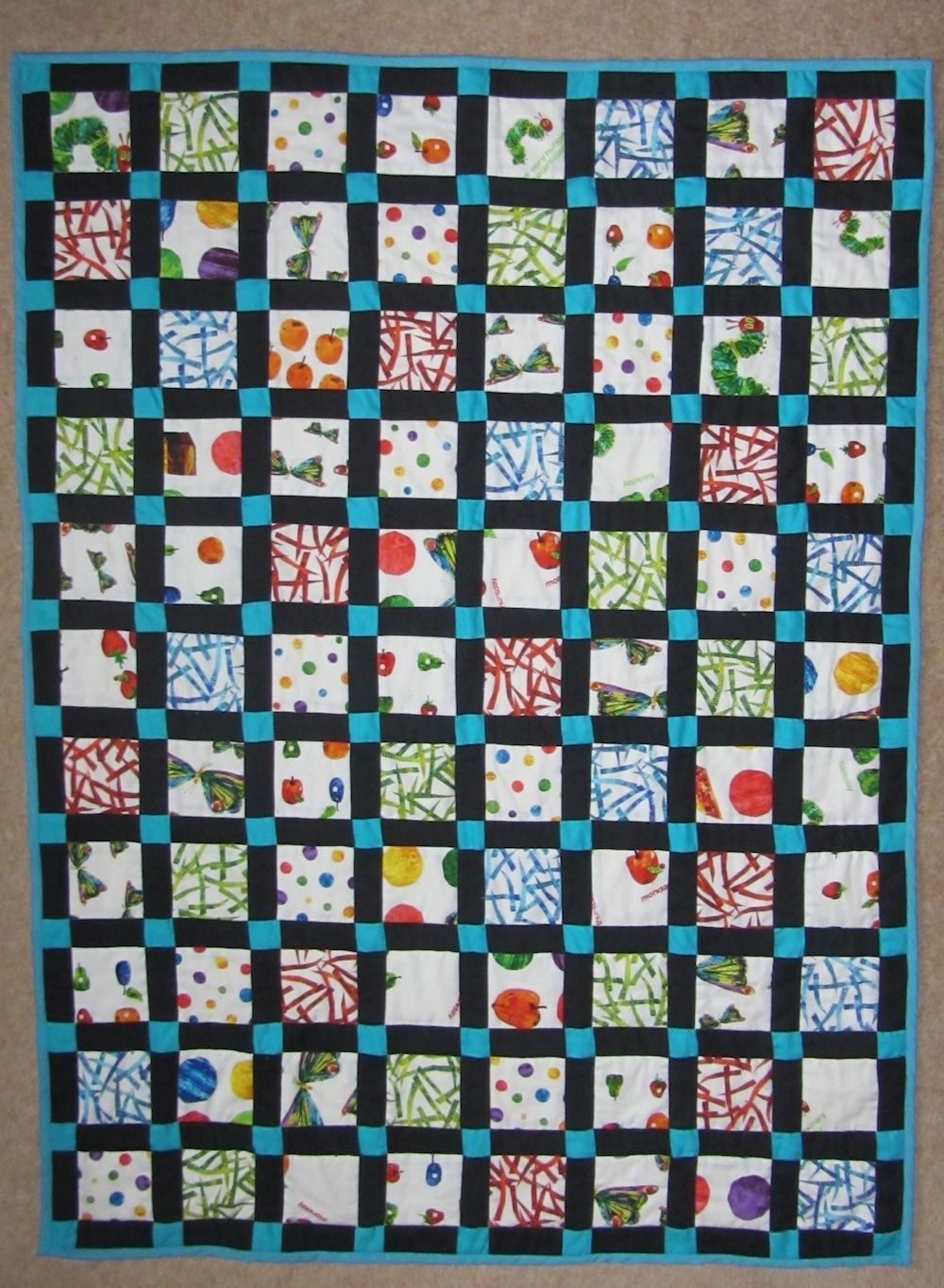 Hungary Caterpillar Quilt 3.JPG