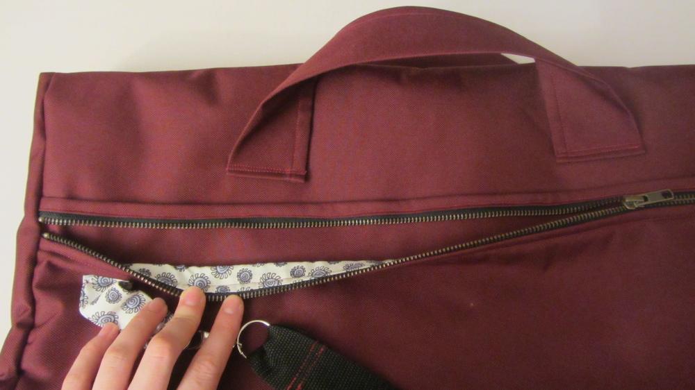 Handmade travel bag 2.jpg