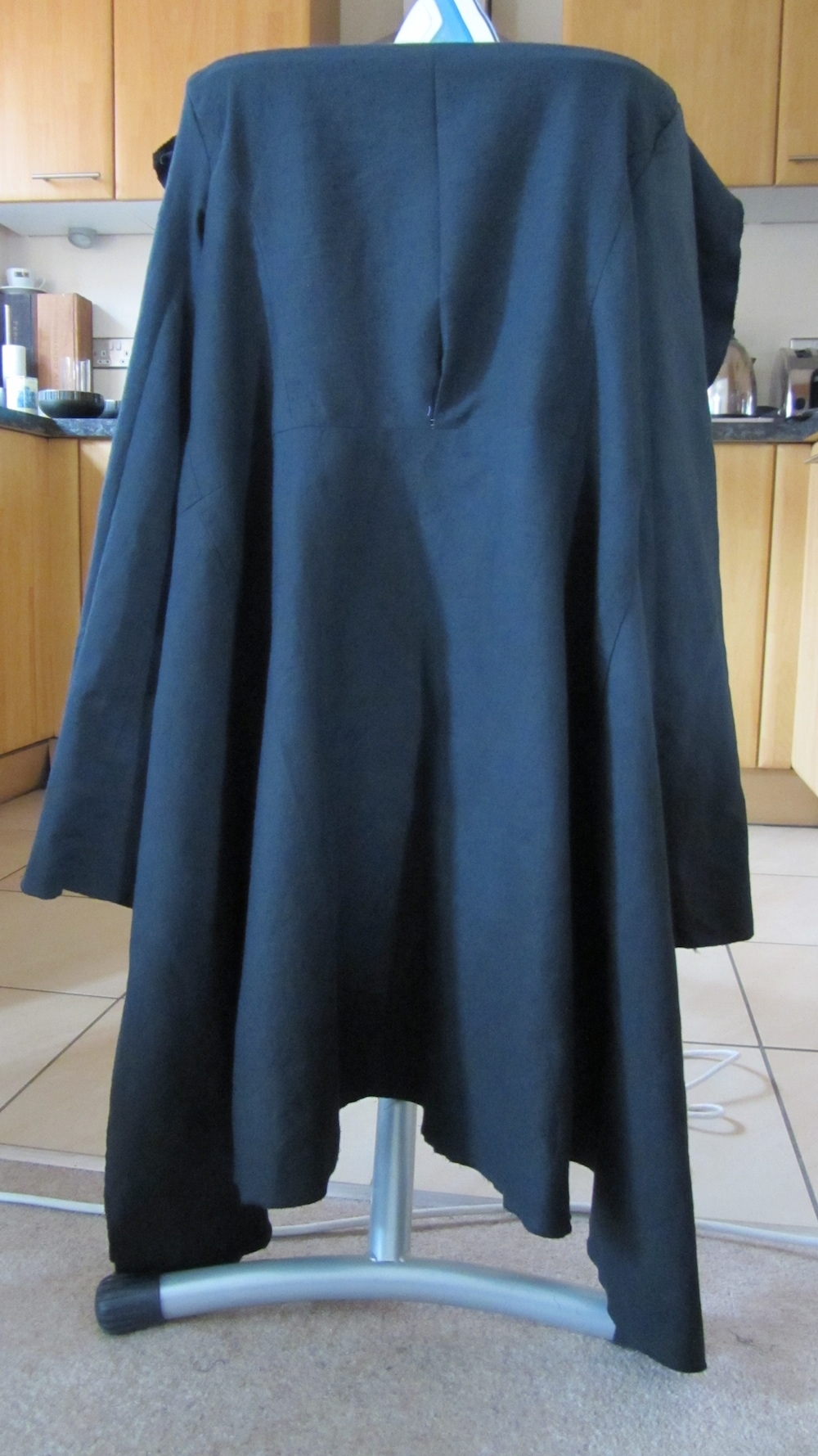 How to replace a coat lining tutorial 4.jpg