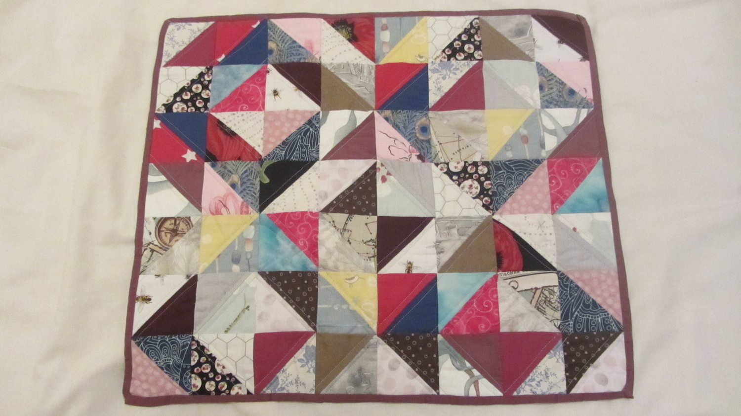 Quilted sewing machine mat 2.JPG