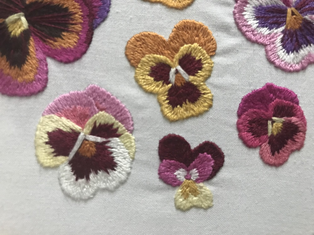 Small pansy thread painting embroidery. Design by Emillie Ferris.jpg
