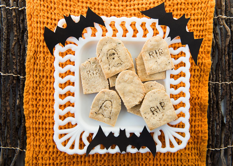 homemade tombstone halloween crackers and black bean dip-1012.jpg