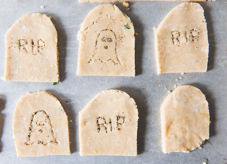 homemade tombstone halloween crackers and black bean dip-1011.jpg