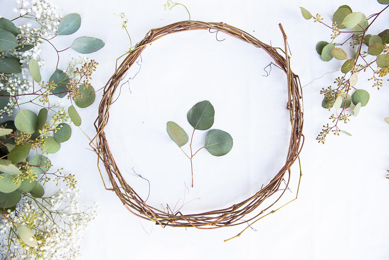 DIY Compostable Eucalyptus Wreath