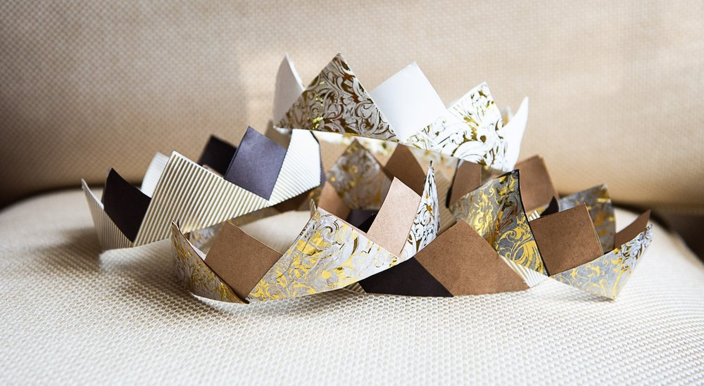 DIY Paper Crowns Made From Upcycled Gift Wrap and Wrapping Paper for Zero Waste New Years Eve
