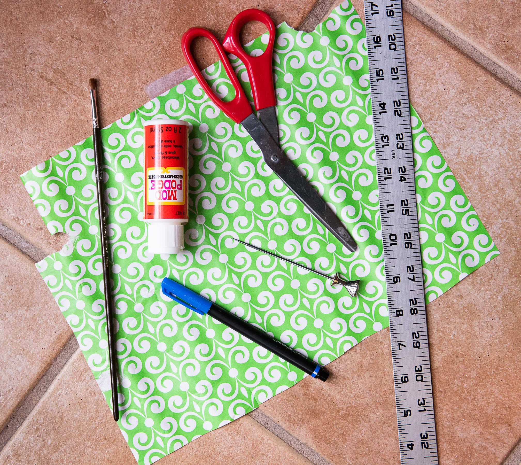 How to Upcycle Wrapping Paper into Boho Paper Bead Necklaces-8690.jpg