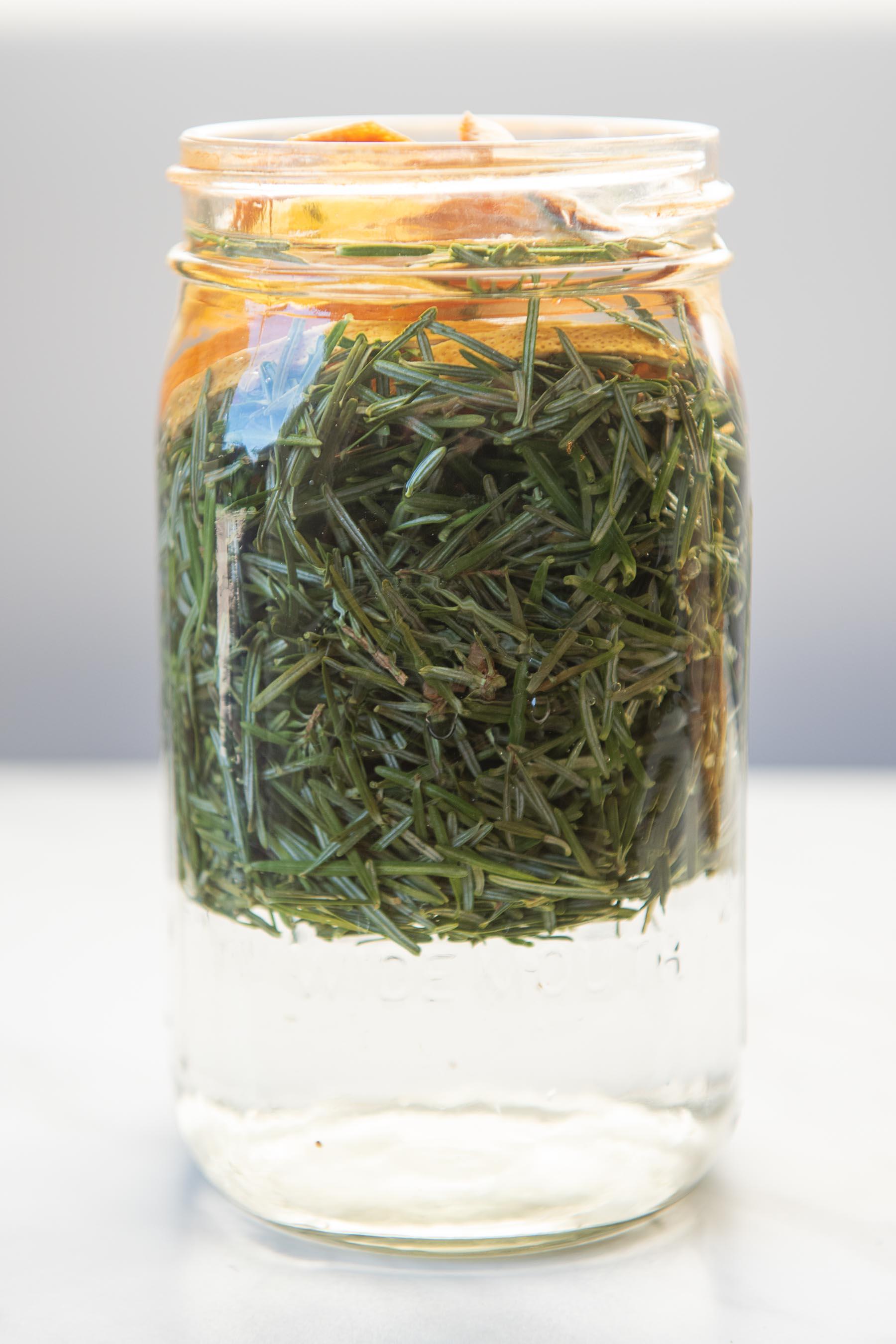 Evergreen vinegar cleaner