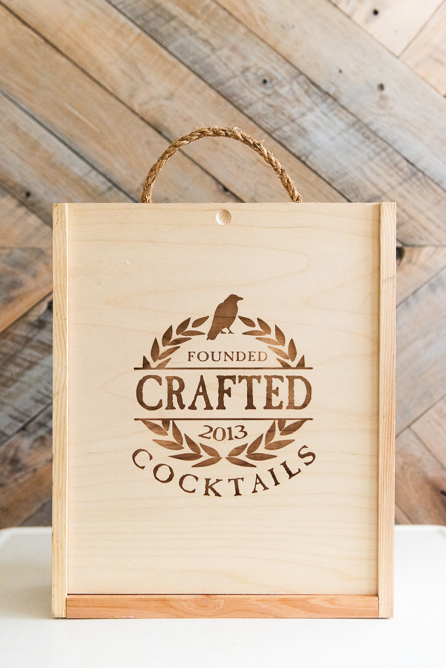 How to turn a liquor crate into a craft box