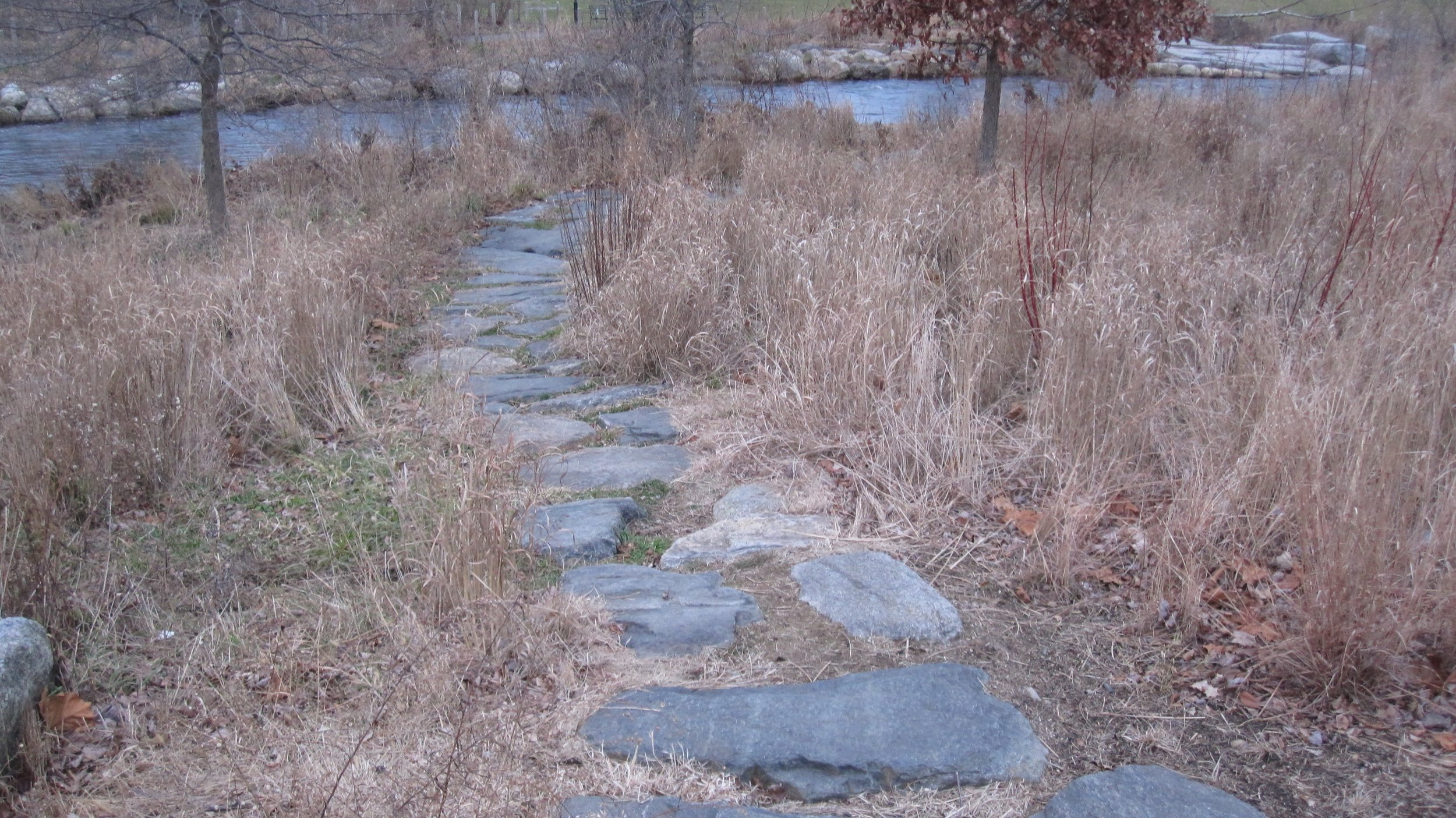 flat rocks to the river .jpg