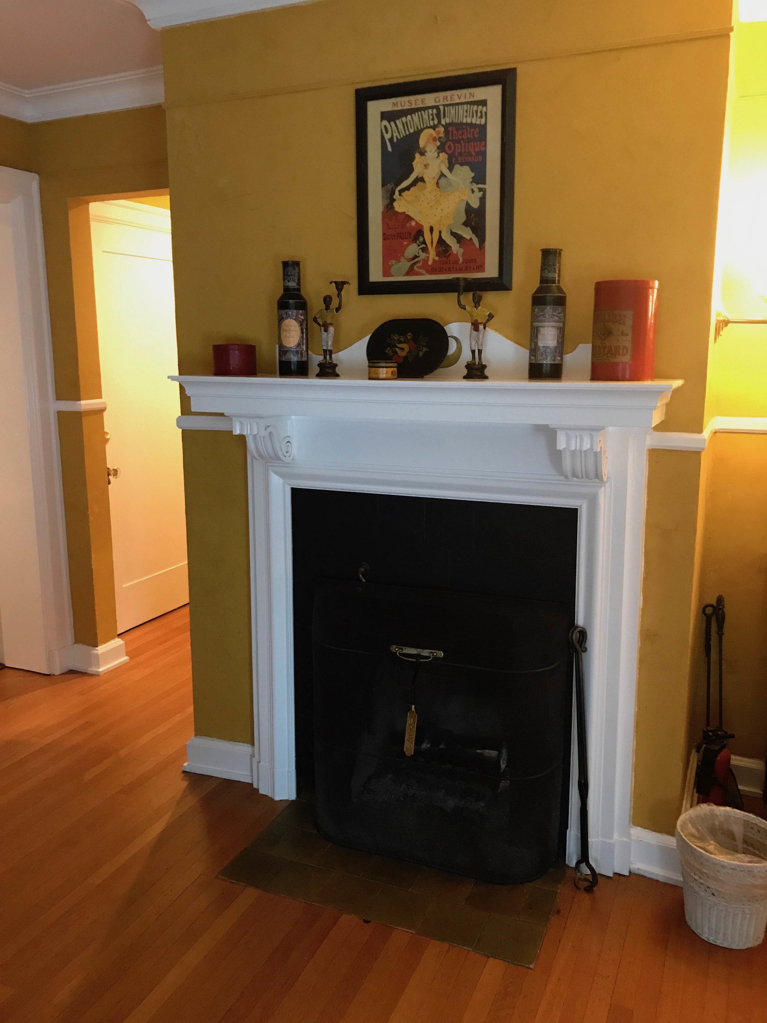 Room 5 Fireplace.jpg