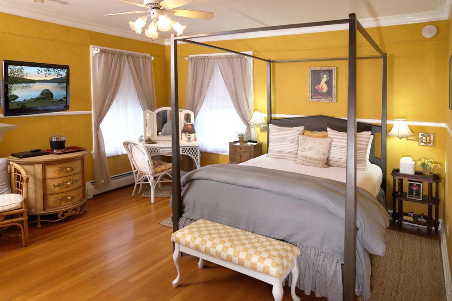 Room 5 Champlain Room