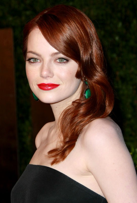 EMMA STONE WEARS ORANGE/RED