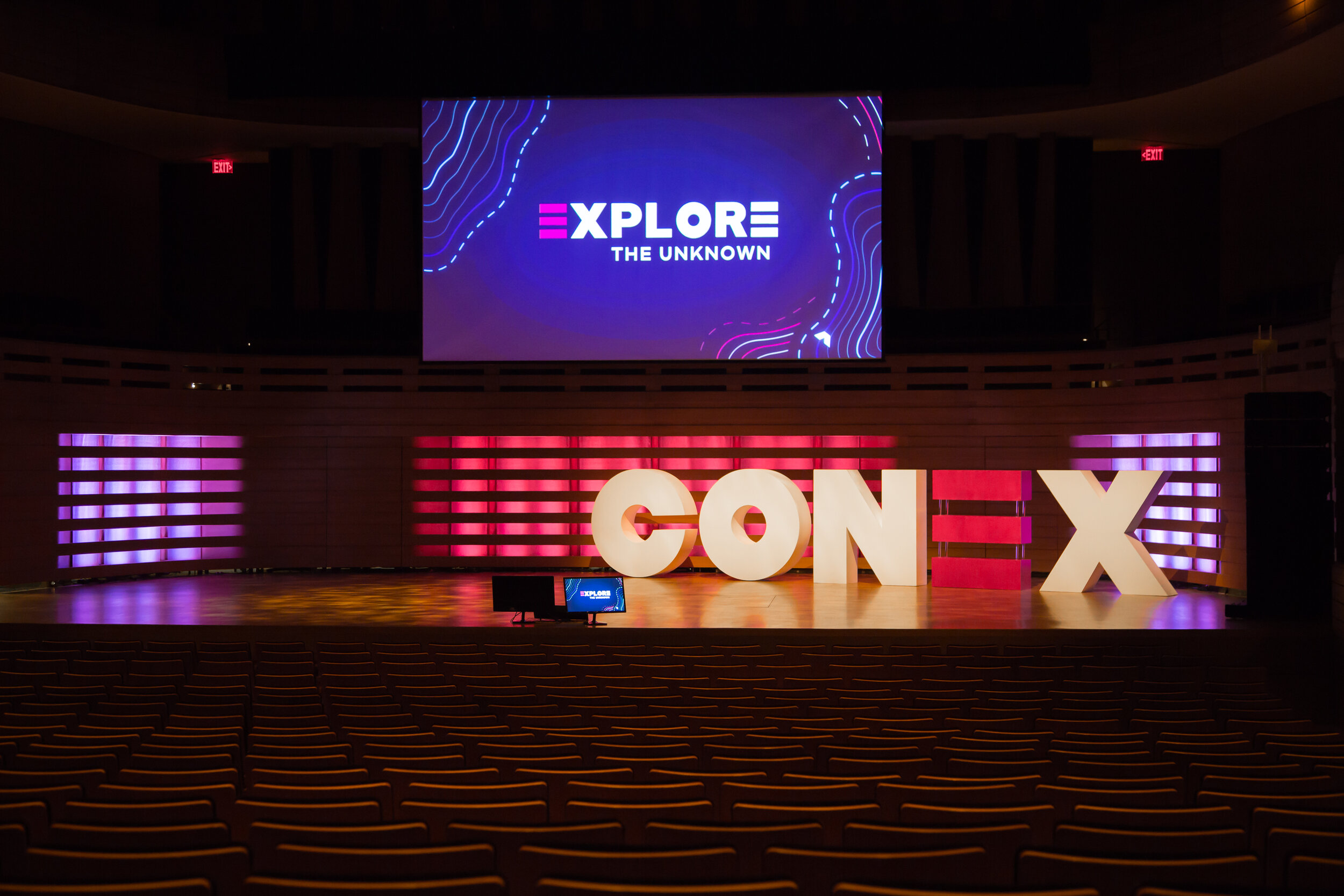 Conex Event 2019  - Make a beautiful event space more vibrant with a pop of colour.