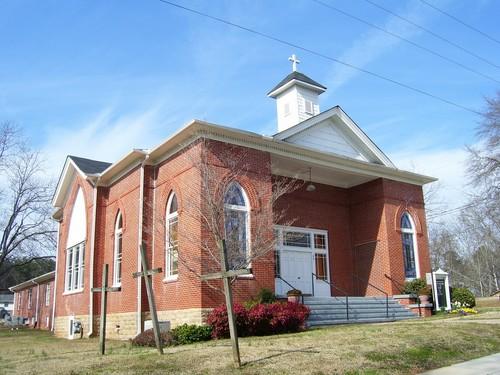 Hoschton_First_Baptist_Church.jpg