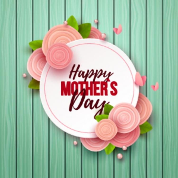 mother's-day-AdobeStock_199989800-[Converted].jpg