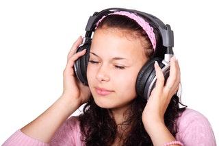 cute-female-girl-headphones-41553.jpeg