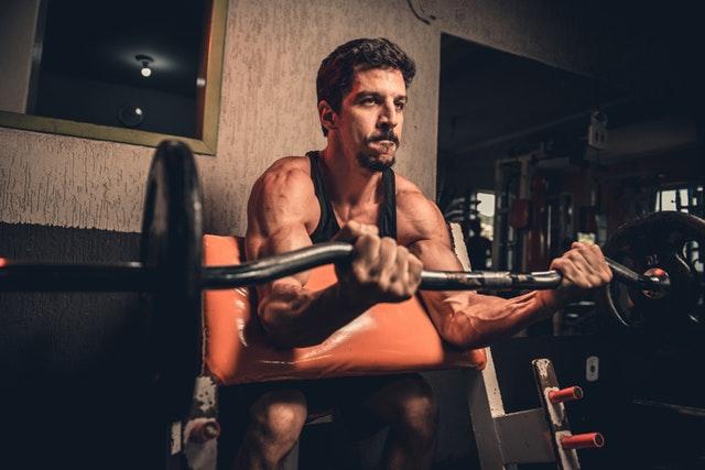 athlete-athletic-biceps-1851795.jpg