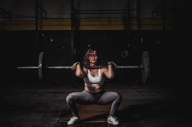 athlete-barbell-body-1552249.jpg