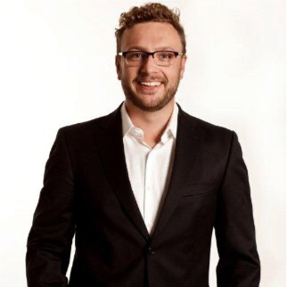 Florian Disson - Strategy Consulting and Change Management at LevelUp Marketing