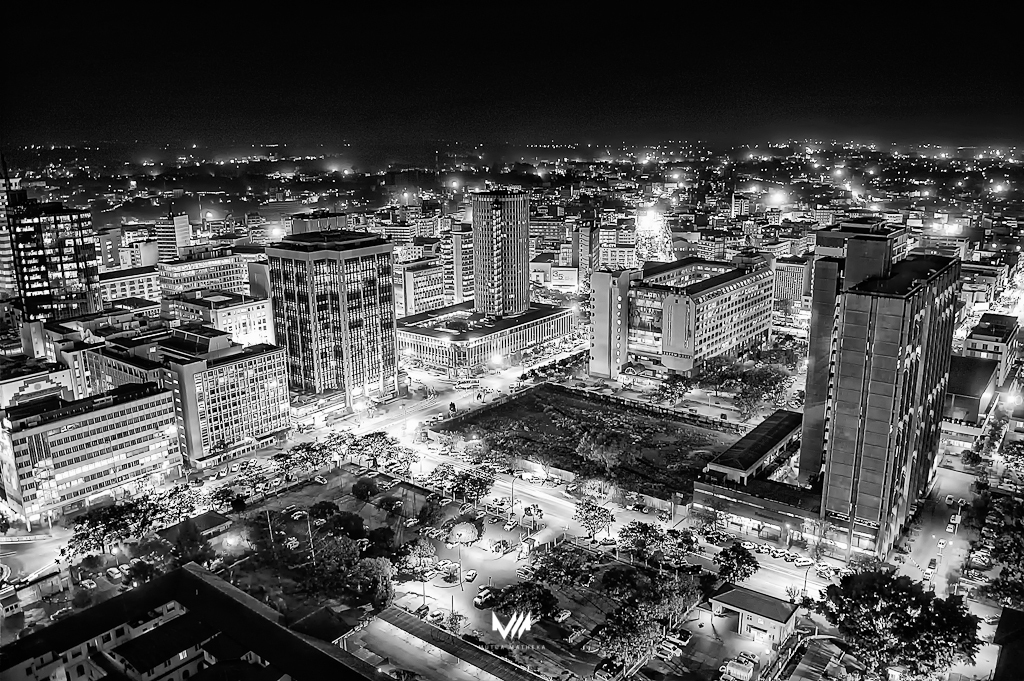 nairobi-nights_mutua-matheka_e_bw.jpg