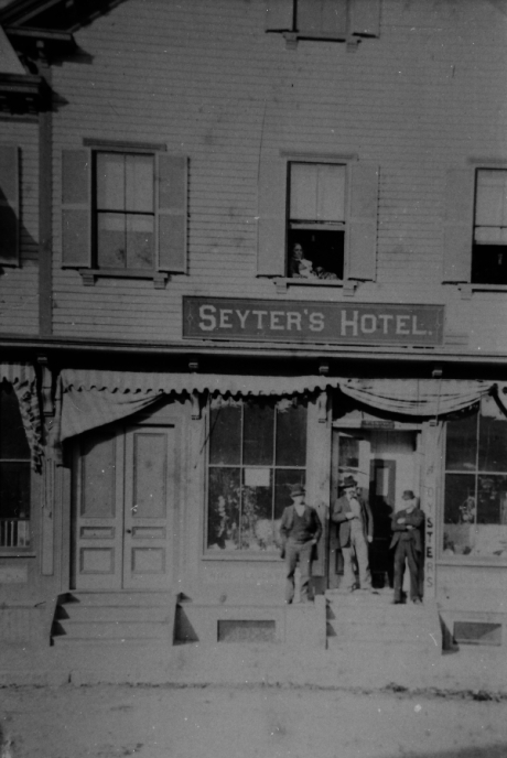 Exterior of Seyter Hotel located in the vicinity of Boylston Station, Jamaica Plain. Photograph courtesy of Emy Thomas. Higher resolution versions of photographs in this set are  available .